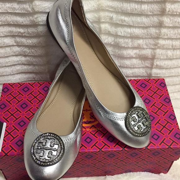 91ce937e1cd3 NEW Tory Burch Liana Flats - silver size 7M. M 5b4ad948534ef973c29ed2c9